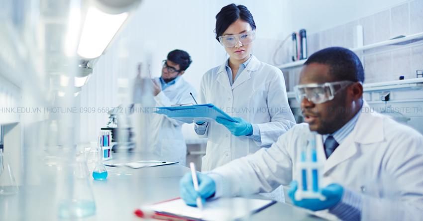 Du học Canada ngành Y – Đâu là quyết định chính xác nhất?